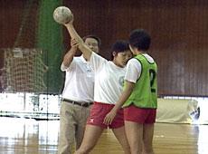 昭和学院高等学校女子ハンドボール部 笠原利宏監督の練習・指導メニュー実践DVD